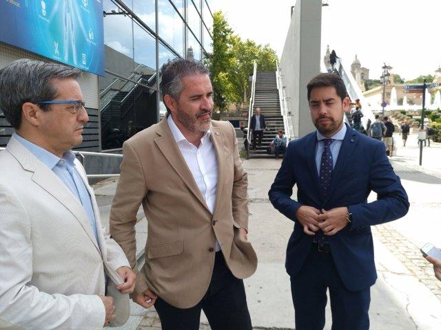 El diputado de Cs en el Parlament Martín Barra, Jorge Soler y David Mejía