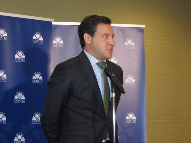 El portavoz del Grupo Parlamentario Popular, Raúl de la Hoz