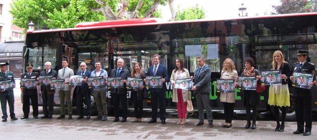 Presentación campaña en autobuses contra violencia de género