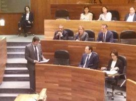 Fernández defiende el compromiso de su Gobierno en la lucha contra la corrupción