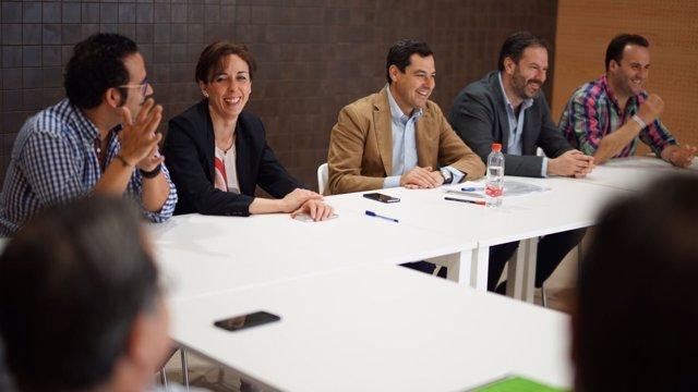 Juanma Moreno en Priego de Córdoba con Ceballos y Molina