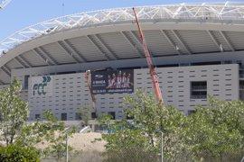 El Ayuntamiento y el Atlético de Madrid firman la escritura de transmisión de La Peineta que asciende a 60,2 millones