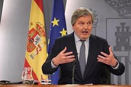 """El Gobierno sitúa en el """"Paleolítico inferior"""" las opiniones del Rey Juan Carlos sobre la cesión de Melilla"""