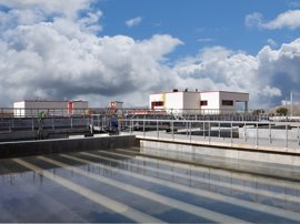 Madrid y otros 20 municipios accionistas del Canal valoran exigir responsabilidades de manera coordinada