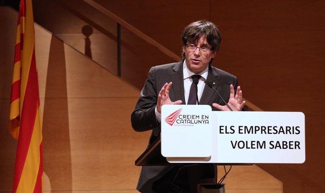 El pte.C.Puigdemont, en un acto en Girona
