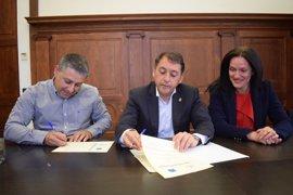 Santa Cruz de Tenerife, primer Ayuntamiento de España con un convenio de colaboración con SOS Desaparecidos