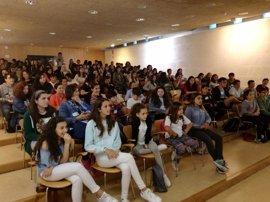 Un total de 90 alumnos y 12 profesores participan este viernes en la primera jornada de alumnos mediadores de Mallorca