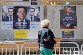 Los franceses eligen a su presidente en una votación sin precedentes