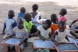 Gobierno vasco destina 180.000 euros a un plan educativo de Fundación  Derandein para refugiados en Sudán del Sur