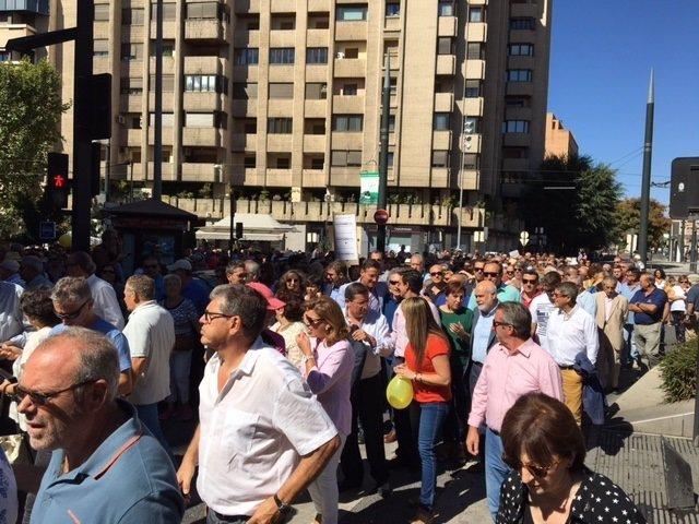 """Manifestación contra el """"aislamiento ferroviario"""" en Granada"""