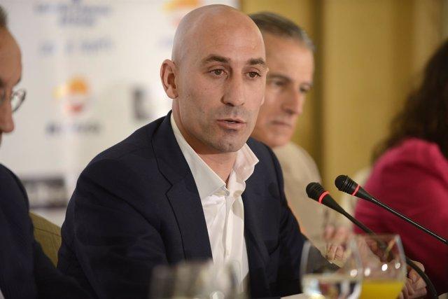 Luis Rubiales en los Desayunos Deportivos de Europa Press