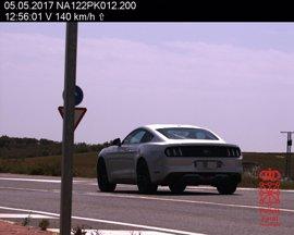 Denunciado un conductor por circular a 140 km/h en el cruce de Allo
