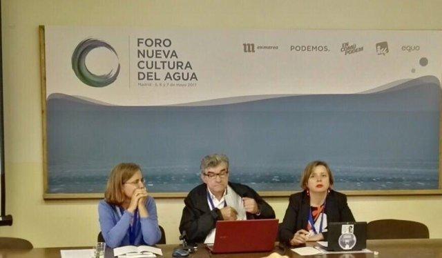 Ana Taboada participa en el Foro del Agua en Madrid.