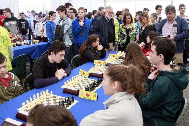 Ramón Ruiz asiste a la inauguración del torneo