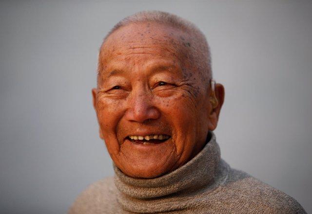 Min Bahadur Sherchan alpinista nepalí 85 años Everest Nepal