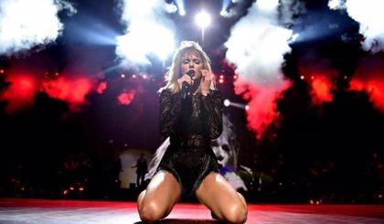 Taylor Swift ya está componiendo las canciones de su nuevo disco