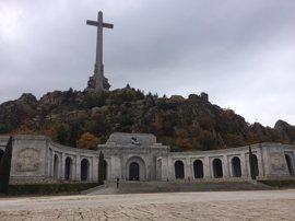 El Congreso vota el martes si hay que sacar a Franco del Valle de los Caídos