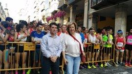Cerca de 2.000 personas participan en la vigésimo segunda edición de la Carrera Popular por la Salud de Jaén