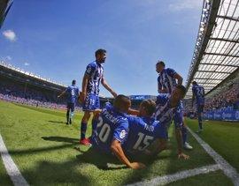 El Athletic pierde ante el Alavés y desaprovecha el empate de la Real Sociedad
