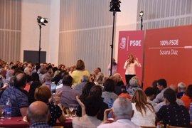 """Susana Díaz quiere mirar """"en un futuro a su hijo"""" y decirle que contribuyó a """"levantar el PSOE para levantar España"""""""