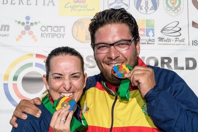 Alberto Fernández y Fátima Gálvez se estrenan con el segundo oro de España