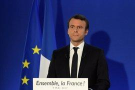 """Macron vence con claridad a Le Pen y reclama una """"mayoría del cambio"""" en las legislativas"""