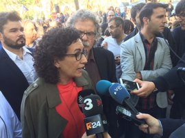 """ERC acusa al Gobierno de amenazar a la Mesa y """"a todos los diputados"""" del Parlament"""
