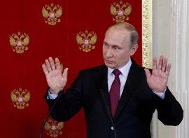 Putin felicita a Macron y aboga por trabajar conjuntamente por los intereses de Rusia y Francia