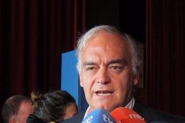 """González Pons dice que el panorama político del futuro no será """"izquierda-derecha sino """"democracia-populismo"""""""