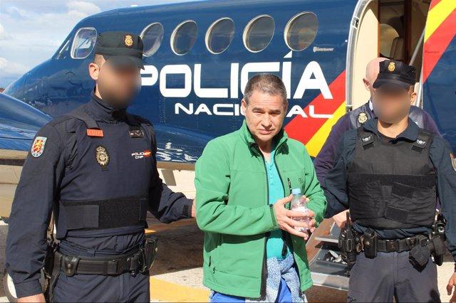 La Policía Nacional Traslada Desde Reino Unido Al Miembro De Eta Antonio Troitiñ