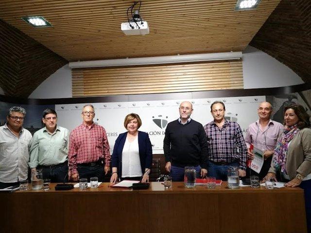 Diputación de Cáceres y sindicatos firman un Pacto social y laboral