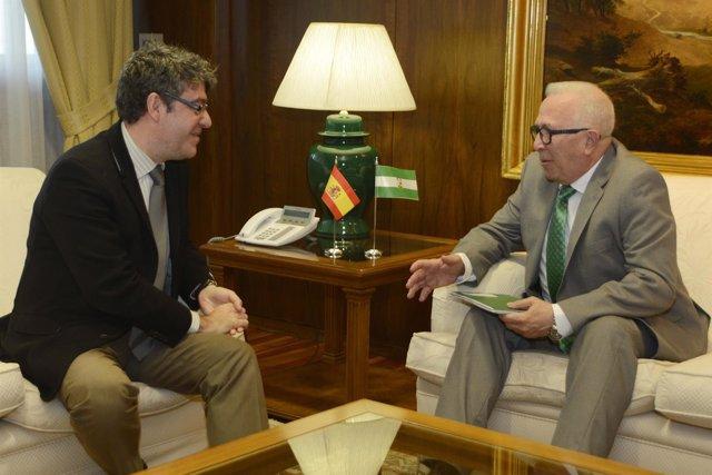 El consejero de Empleo, Empresa y Comercio de la Junta de Andalucía, José Sánche
