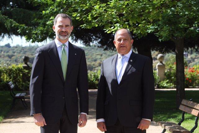 El Rey con el presidente de Costa Rica