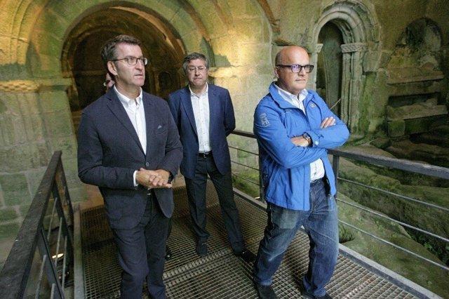 Feijóo y Baltar visitan el Monasterio de San Pedro de Rocas