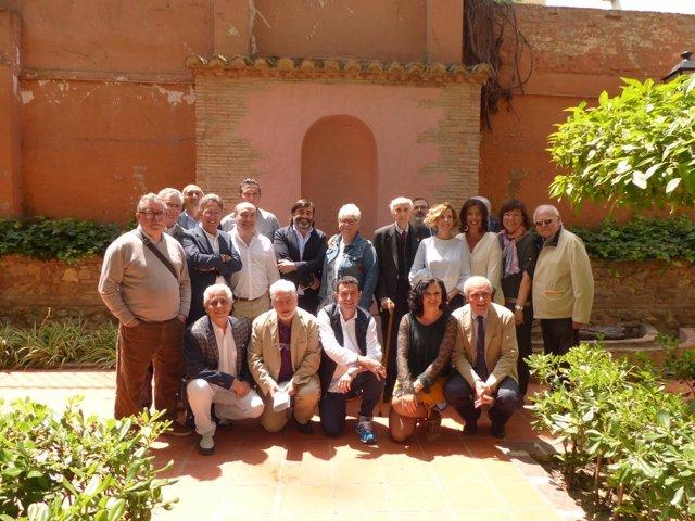 Foto tras la mesa redonda Cultura Gastronòmica Valenciana