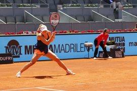 Kerber supera el examen de Siniakova y Bouchard gana el duelo del morbo a Sharapova