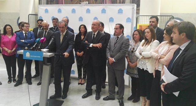 Acto institucional para pedir sala penal desplazada TSJA en Málaga