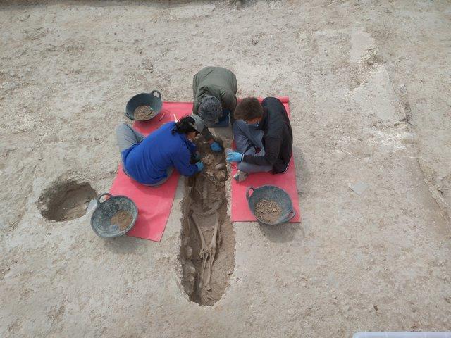 La tumba localizada en l'Alcúdia