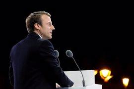 Macron dimite como presidente de ¡En Marcha! y rebautiza el movimiento