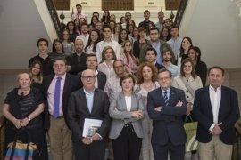 Unos 40 universitarios de Derecho y de Políticas y Sociología en Granada se incorporan en prácticas a la Junta
