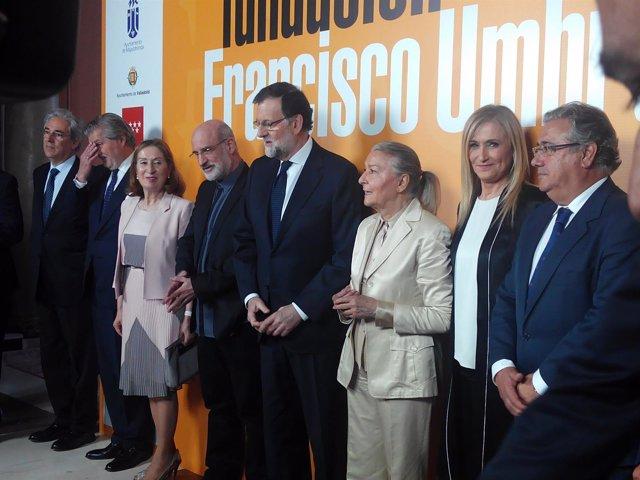 Rajoy en la entrega del Premio Francisco Umbral a Fernando Aramburu por 'Patria'