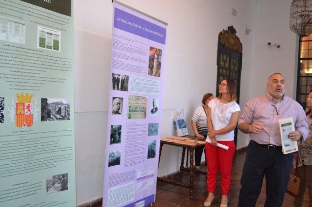 Guijarro visita la exposición