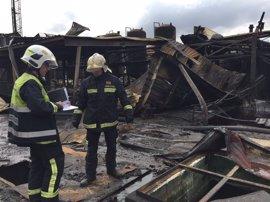 La Guardia Civil sigue investigando las causas que provocaron la explosión del incendio de la nave de Arganda