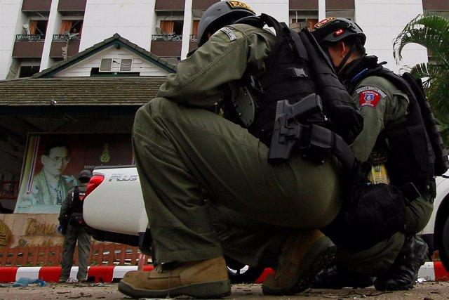 Militares tras un atentado en Pattani, Tailandia
