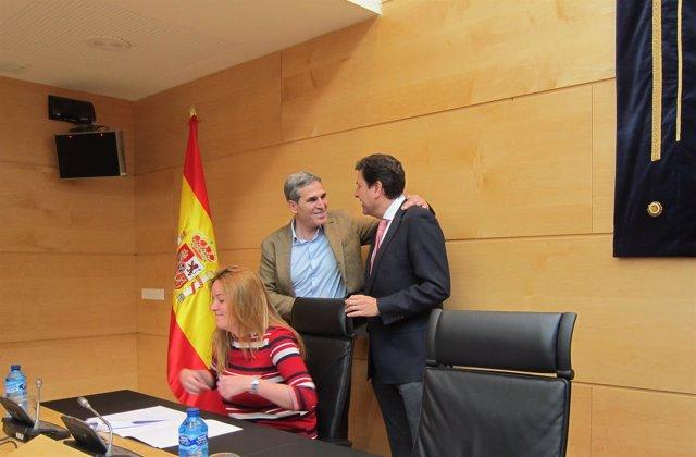 Fernández Carriedo saluda a Sanz Vitorio