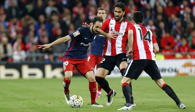 Juanfran y Raúl Garcia en el Athletic Club - Atlético de Madrid