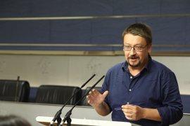 Domènech cree que la moción de censura debe registrarse después de las primarias del PSOE