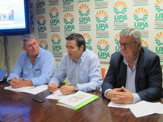 Dirigentes De UPA En La Rueda De Prensa
