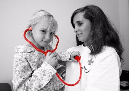 El proyecto de Atención a la Infancia Hospitalizada de Cruz Roja ha contado con más de 28.000 niños, niñas y jóvenes