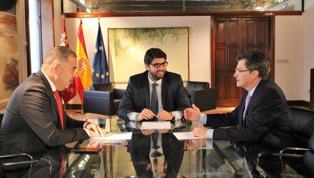 Reunión presidente López Miras, Jódar con presidente Scrats, Lucas Jiménez